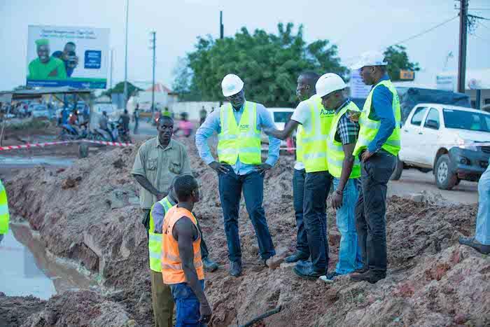 Projet-Large-Bande-Sénégal  Le DG de l'ADIE entame une visite de chantiers
