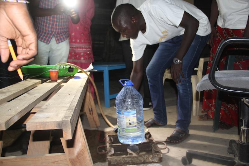 Un prototype de projet relever les défis liés aux problèmes que rencontrent les agriculteurs Sénégalais.