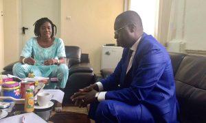 Abdoul Karim Sall DG de l'ARTP  en compagnie de la Directrice Générale adjointe de l'Autorite de Régulation Guinéenne, Madame KABA