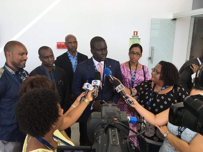Le Directeur de l'ADIE Cheikh Bakhoum en interview avec la presse Cap verdienne