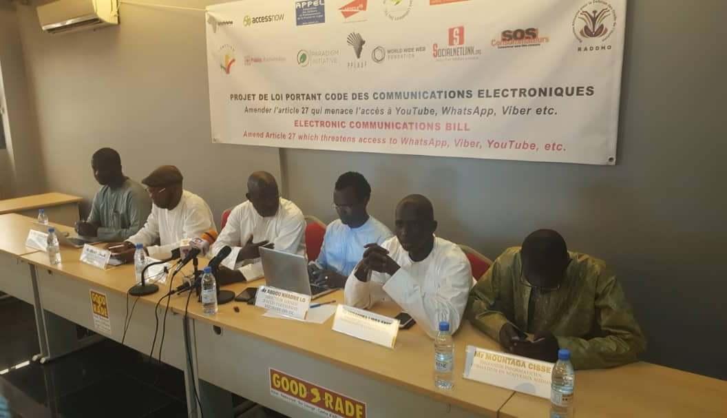 Sénégal : Whatsapp, Viber, etc., bientôt taxés ? Panique sur le réseau !