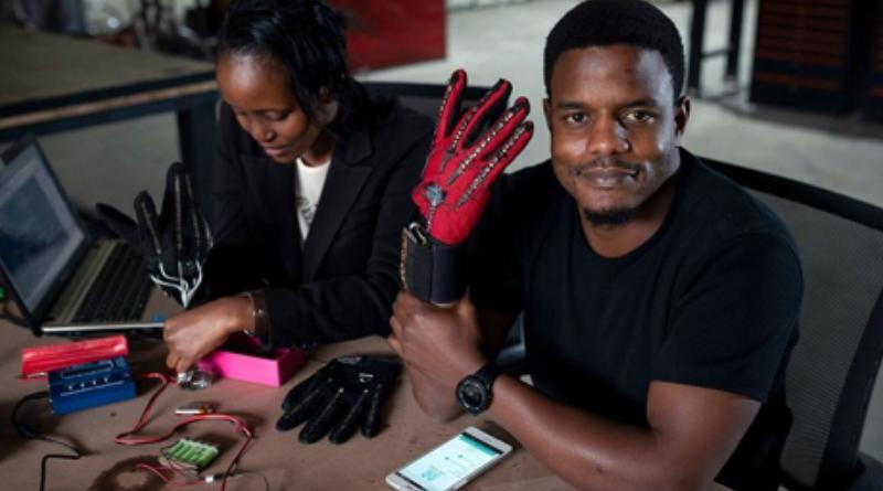 Kenya: Un jeune invente des gants qui traduisent les signes des sourds muets en paroles