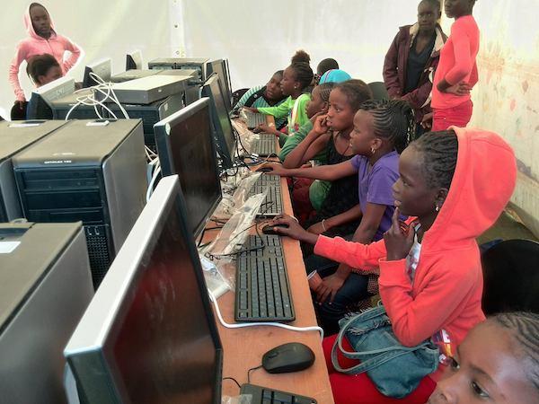 L'Adie installe des salles multimédia dans  plusieurs lycées et Collèges du Sénégal