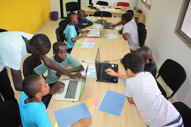 Africa code week : 240 élèves de Dakar à l'école du codage informatique