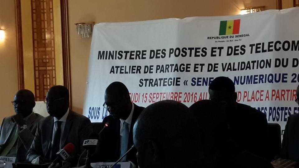 """Plus de 1300 milliards de FCFA  seront investis dans la stratégie """"Sénégal Numérique 2016-2025"""""""