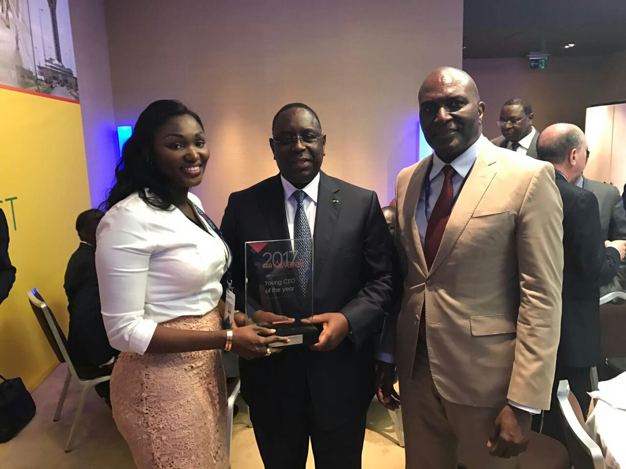 """Africa CEO Forum 2017: Anta Babacar Ngom Bathily lauréate du prix """"Young CEO Of The Year"""""""