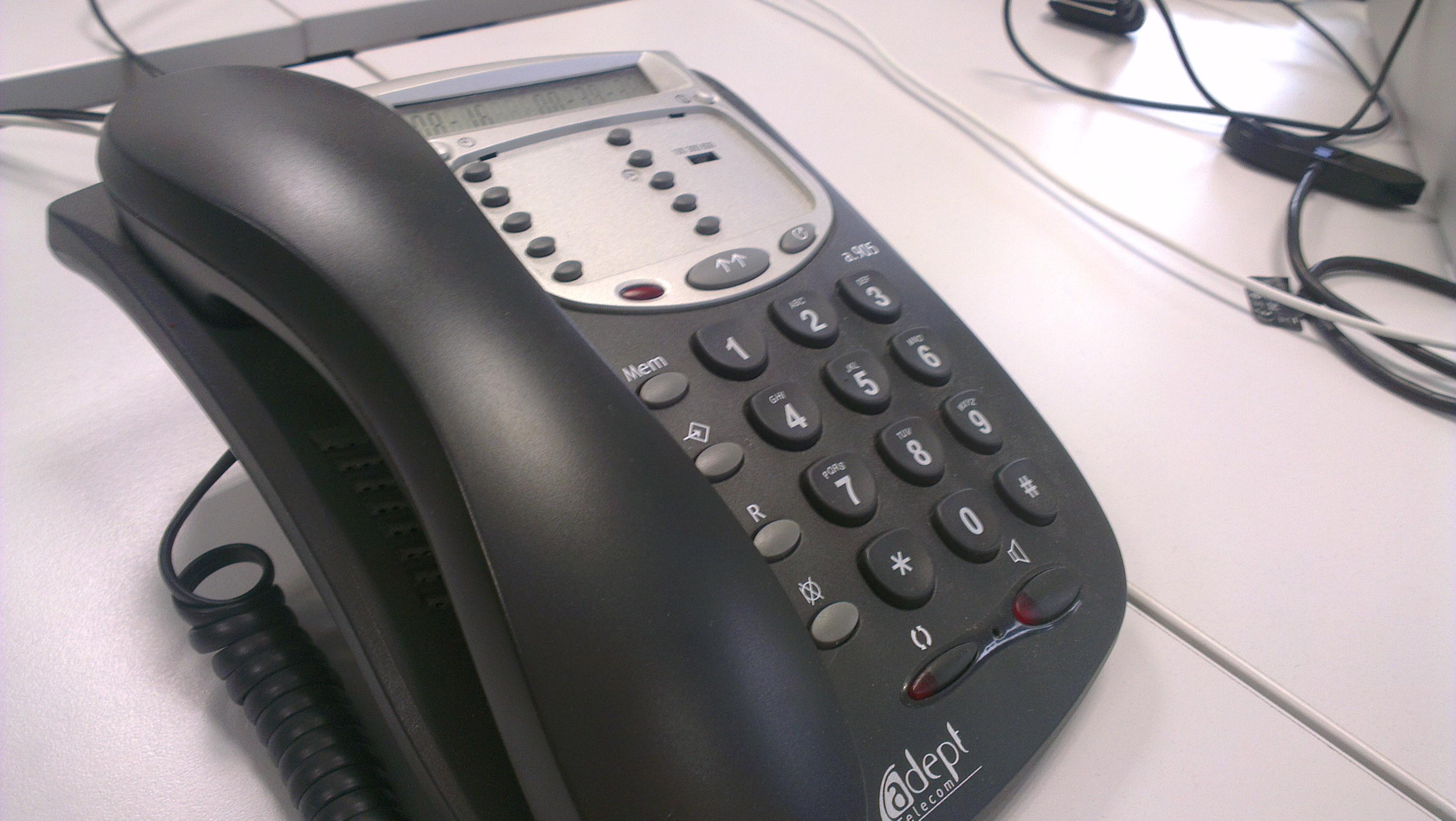 Hausse de 0, 1% du marché de la téléphonie fixe, après un an de baisse (rapport)