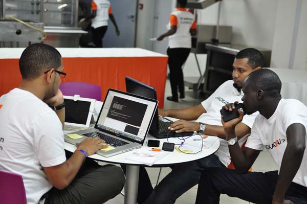 """Lancement à Dakar de la 3ieme édition du Hackathon """"Tous connectés au monde du digital"""""""