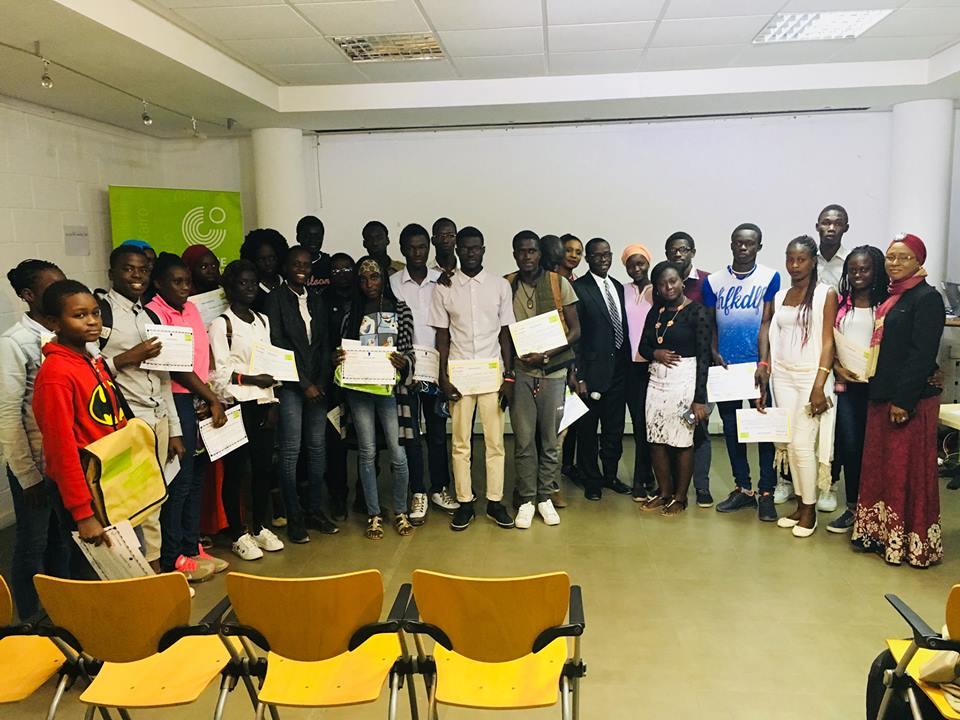 mJangale organise des ateliers en «Codage artistique» et «Fashion tech» pour les jeunes
