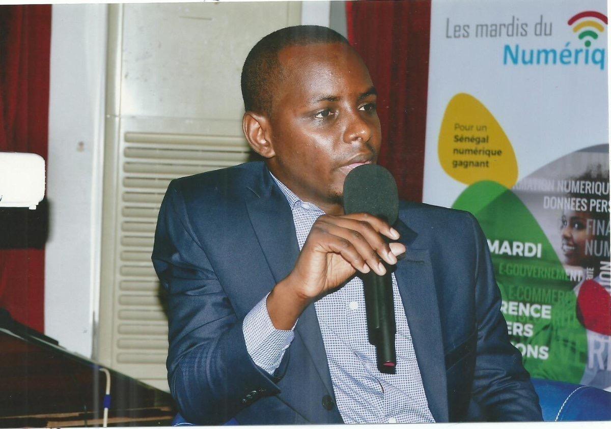 Ousmane GUEYE quitte la Rfm et devient le nouveau boss du service digital de Baobab Group