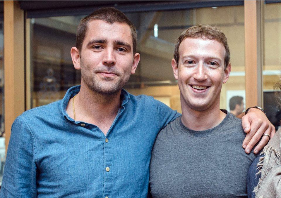 Facebook: Le chef des produits, Chris Cox, démissionne