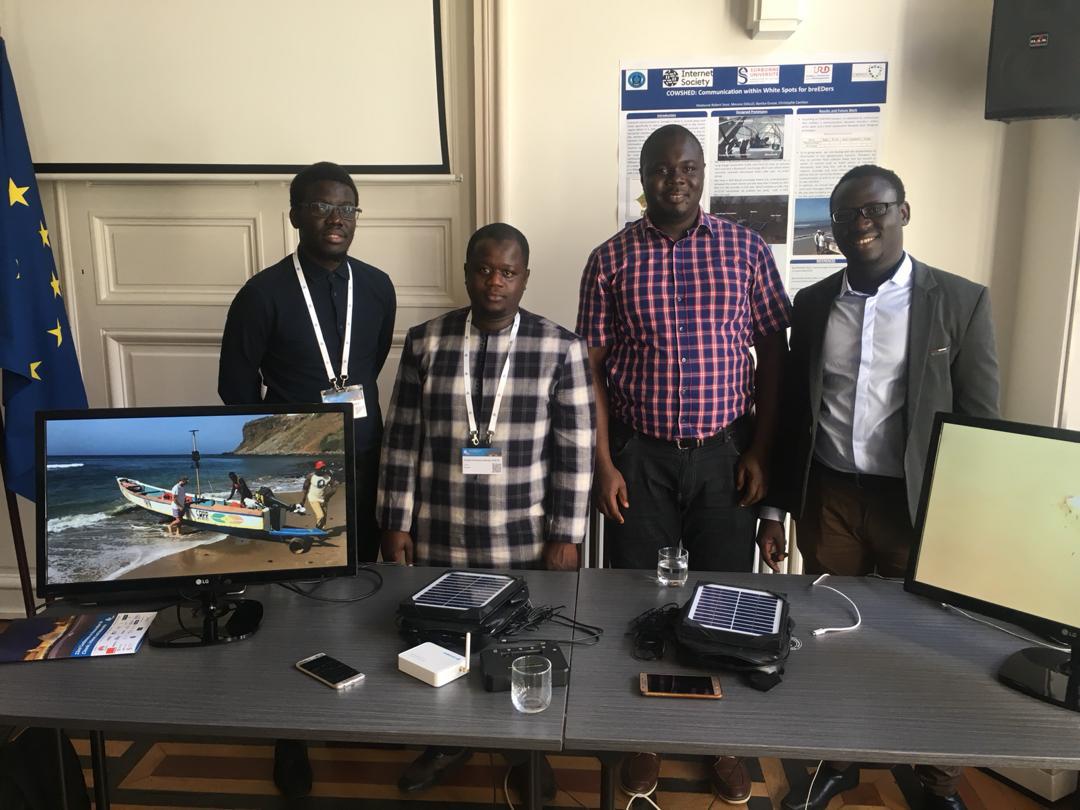 Innovation dans les Clouds, Internet et les Réseaux: Une équipe de chercheurs sénégalais primée à Paris