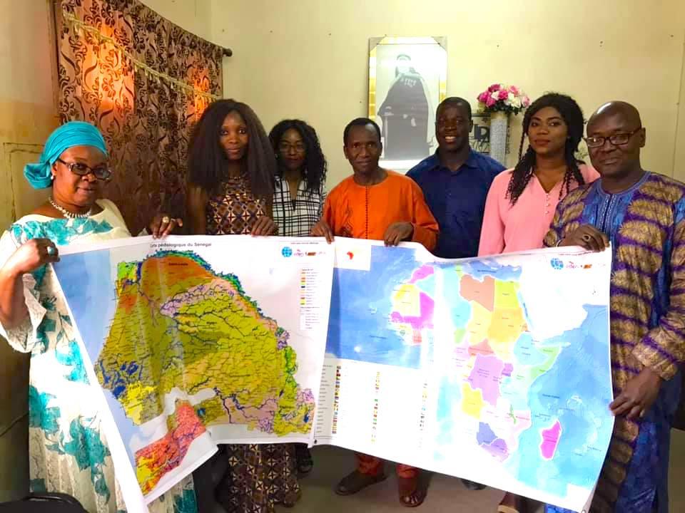 """Utilisation de la carte dans les enseignements: Geomatica lance le projet """"une classe, une carte"""""""