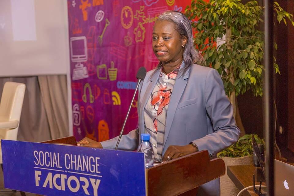 Aminata Niane, ancienne Directrice de l'APIX rejoint la présidence de  Social Change Factory
