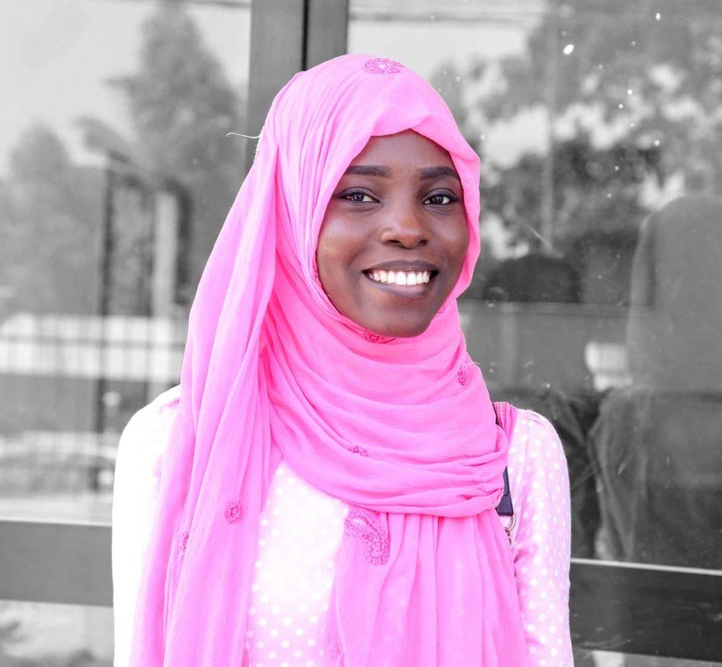UVS : Khadidiatou F. SAMB, une étudiante passionnée du Digital