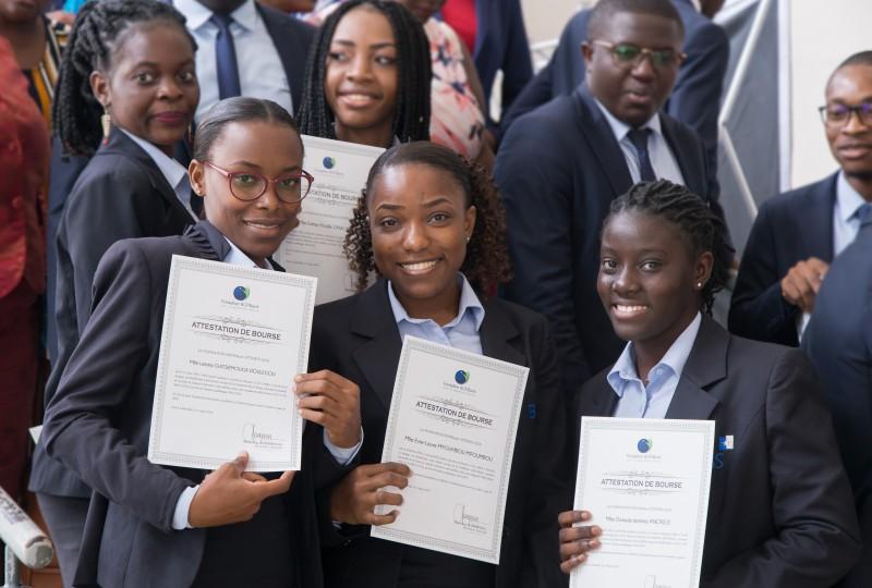 """La Fondation BGFIBank lance la """"Bourse de l'Excellence"""" pour les étudiants"""