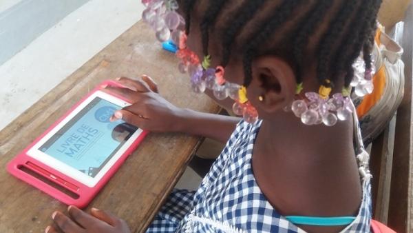 Ressources numériques : Word Vision connecte 30 écoles à Fatick