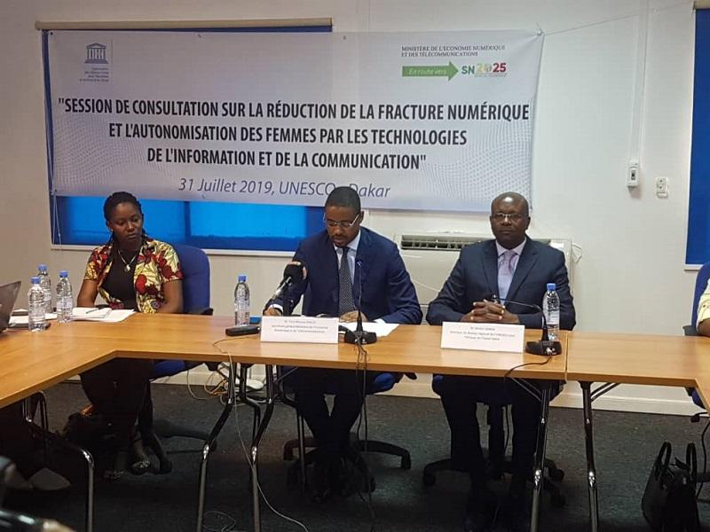 Le Ministère de l'Economie Numérique et l'UNESCO engagent le combat pour la Réduction de la Fracture numérique