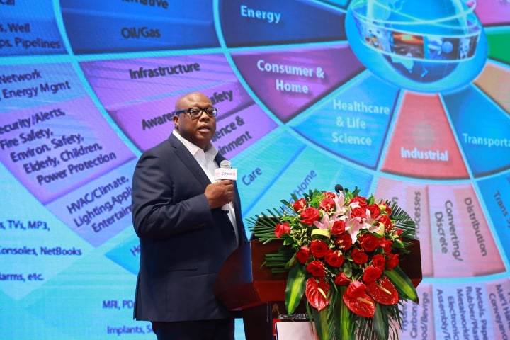 Kigali : Le Sénégalais  Dr Ibn Taimiya Sylla remporte le Prix africain de Développement