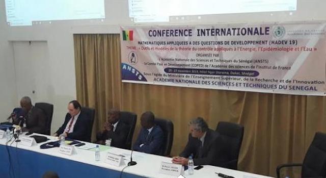 Développement des Sciences :  les projets du Sénégal pour encourager la recherche