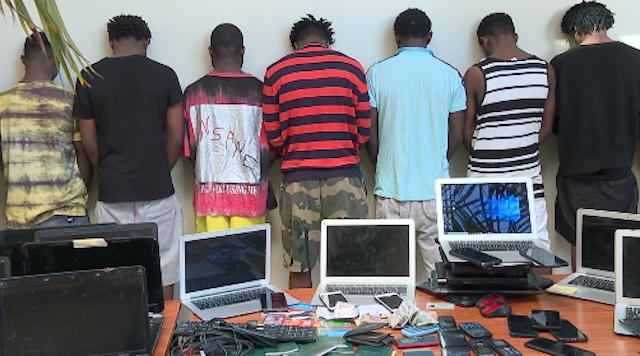 Arrestation record à Dakar de 50 cybercriminels d'origine nigériane