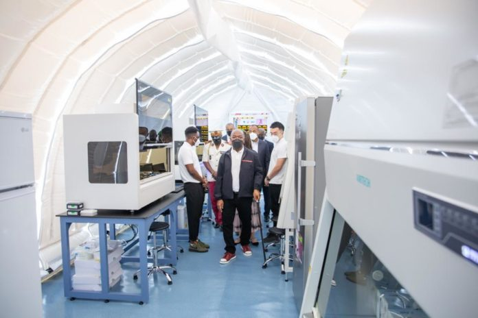 Covid 19 au Gabon: Lancement d'un laboratoire de 10 000 tests par jour