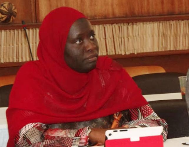 """Khoudia Gueye NDOYE: """"Nousdevons investir dans le développement de nos infrastructures IT etrefuser une colonisation technologique"""""""