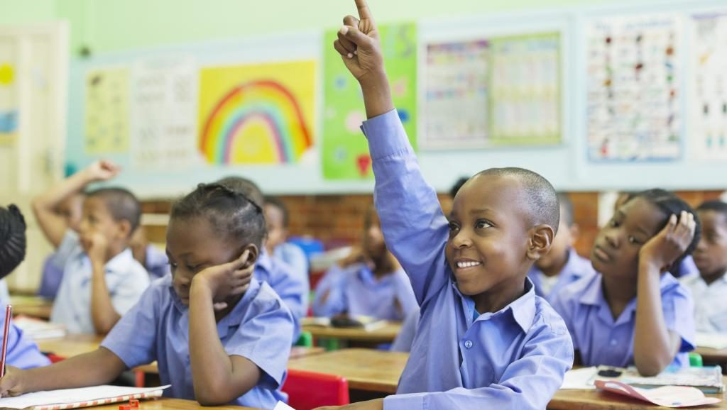 L'enseignement c'est en classe et non devant des caméras