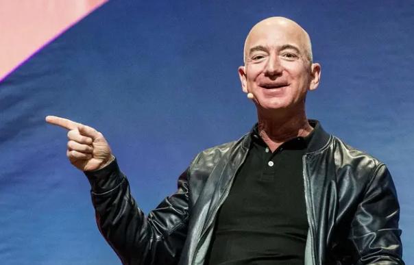 Le patron d'Amazon a gagné 13 milliards de dollars en une seule journée