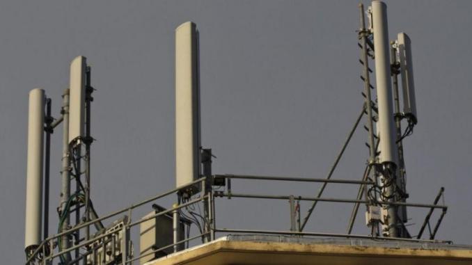 Macky Sall demande à l'Artp de veiller à la qualité du service délivré par les opérateurs