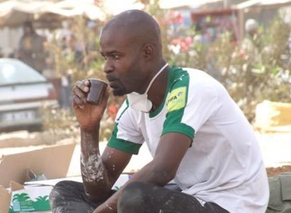 Portrait- L'instituteur sénégalais Junior Dikhaté, visage d'un révolutionnaire 2.0