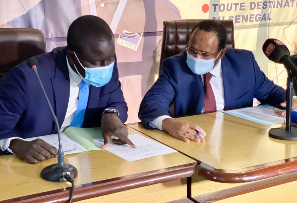 Facilitation des démarches administratives. : La Poste de l'ADIE signent une convention