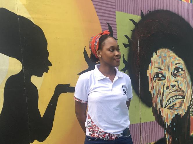 L'entrepreneuse et ingénieure informatique Charlette N'Guessan dans les locaux de l'incubateur MEST, à Accra, le 4 décembre 2020. Marie de Vergès