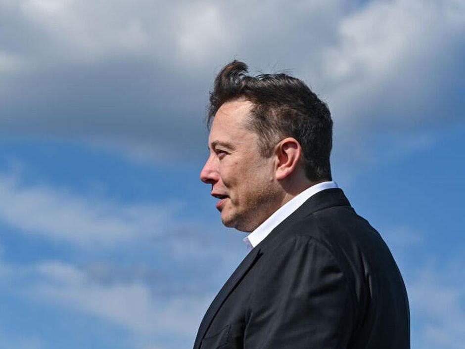 Elon Musk fait flamber le cours du #Bitcoin en modifiant sa bio sur Twitter
