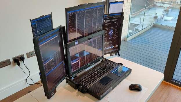 Expanscape dévoile son  ordinateur portable doté de 7 écrans