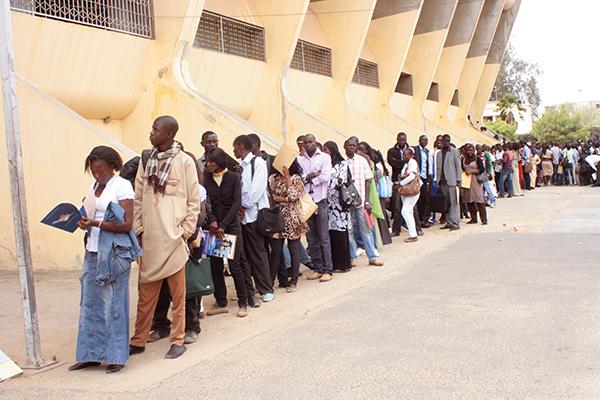 Création de 20.000 emplois: Le Président réclame l'opérationnalisation de la convention Etat- employeurs