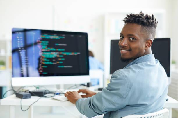 Les nouveaux métiers du numérique: quelles formations pour quels salaires
