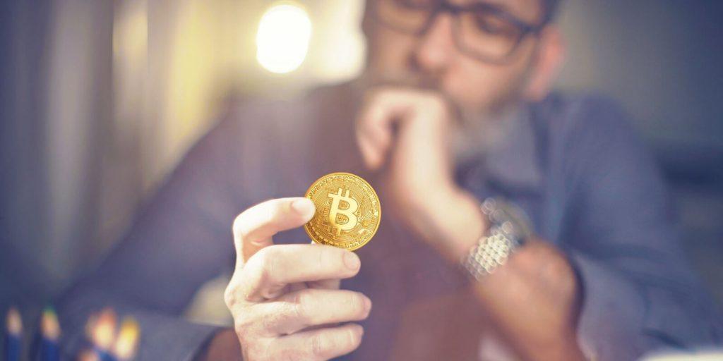 Panique: Les cryptomonnaies emportées par la chute du bitcoin