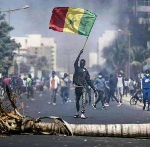 Sénégal- Menaces sur la liberté de la presse et les droits humains, Africtivistes alerte