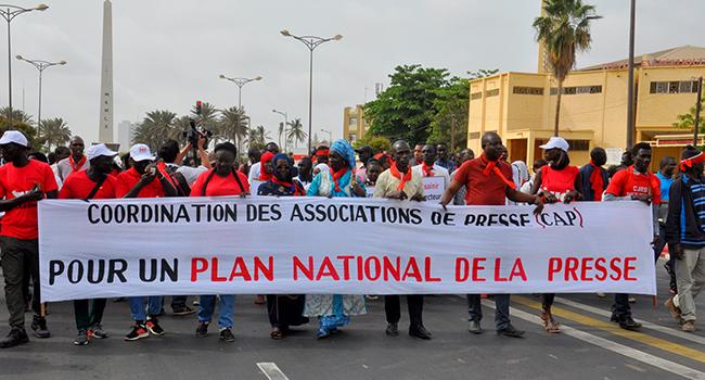 Convention collective nationale de la presse : le gouvernement invité à veiller à une application «effective et intégrale''