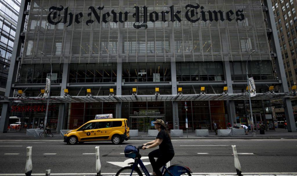 NFT: Un éditorialiste du New York Times vend un article à 560.000 dollars sous forme numérique