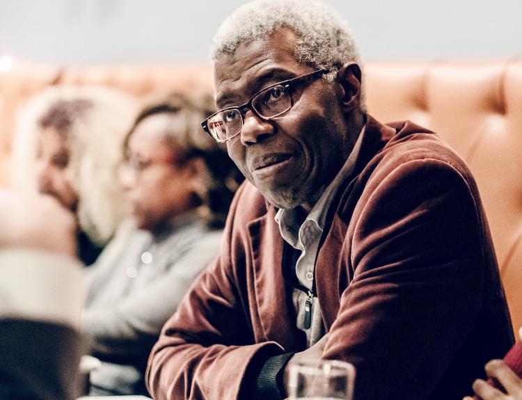 Le fagot de ma mémoire de Souleymane Bachir Diagne: l'itinéraire d'un philosophe de l'universel