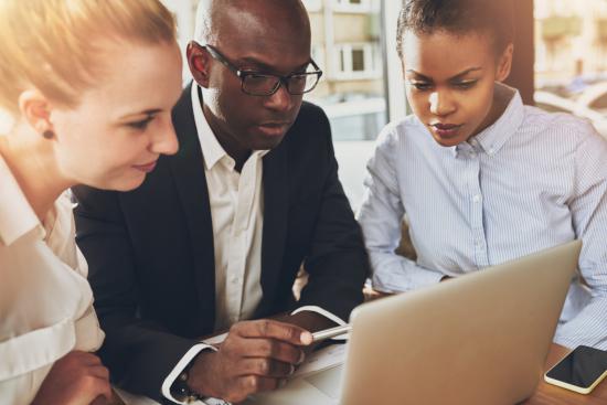 HEC Paris déploie à Abidjan « CHALLENGE + », un programme phare de formation à l'entrepreneuriat innovant