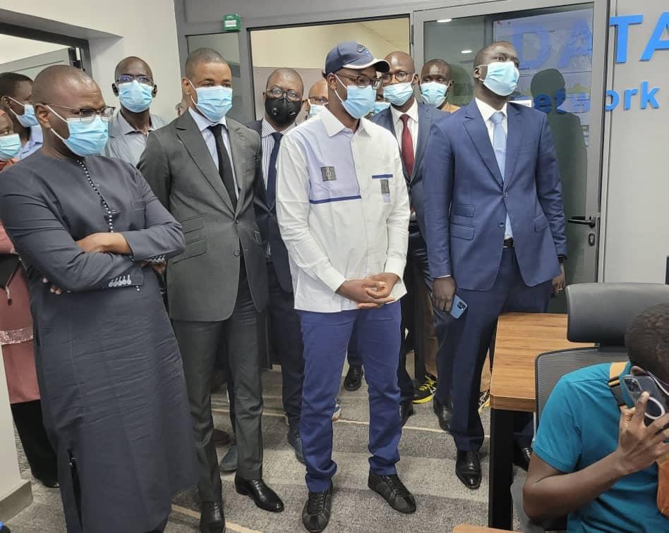 Le Ministre Yankhoba Diatara visite les gros chantiers du Numérique