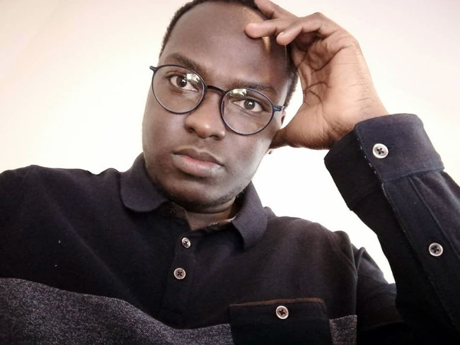 Dr El Hadj Malick Ndiaye: La loi sur la régulation des réseaux sociaux pourrait être liberticide