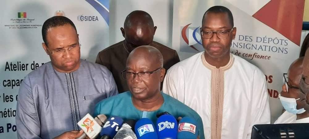 Modernisation de la Poste: Des parlementaires formés sur les enjeux de la gouvernance monétique