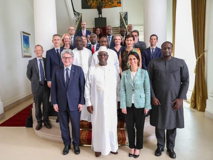 Le Sénégal se lance dans la fabrication locale de vaccin anti-Covid-19