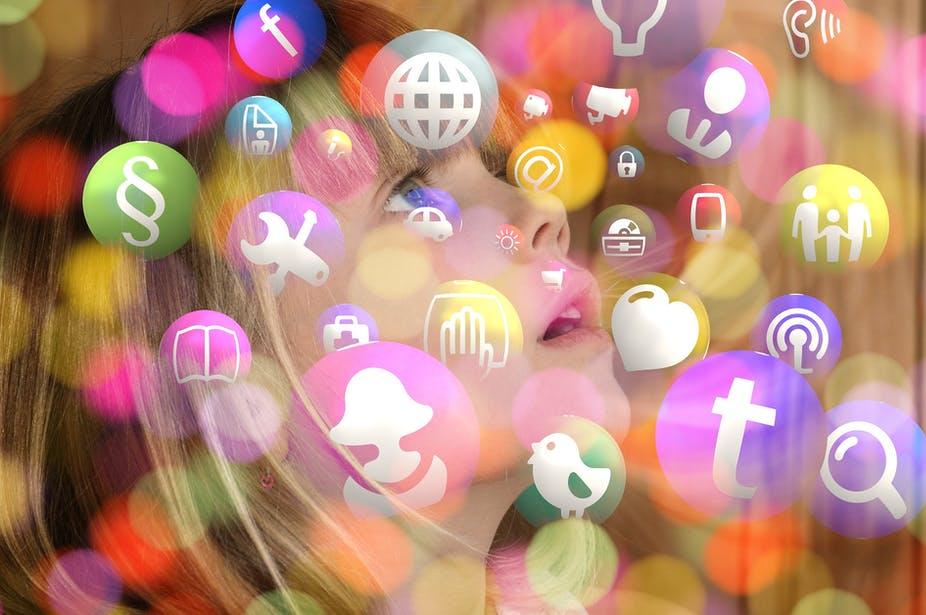 Réseaux numériques : trois gestes barrières à cultiver en famille