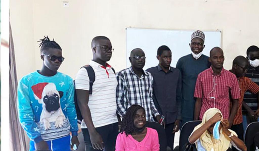 La Direction des bourses accorde des allocations spéciales à tous les étudiants malvoyants demandeurs