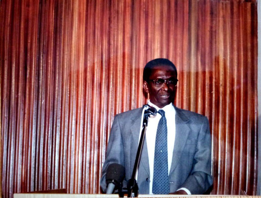 Pr Souleymane NIANG, «un monument de la science»